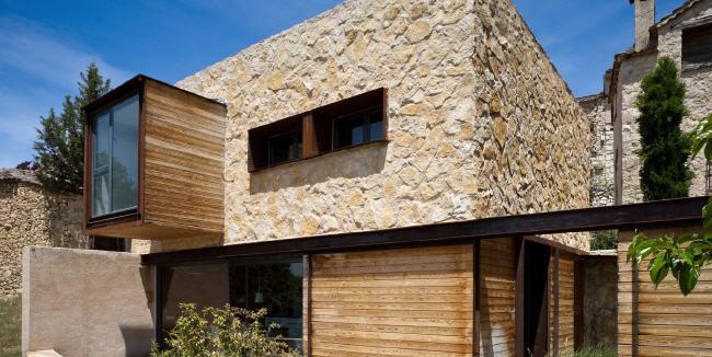 Viviendas prefabricadas de madera modernas desde navarra for Casas prefabricadas modernas precios