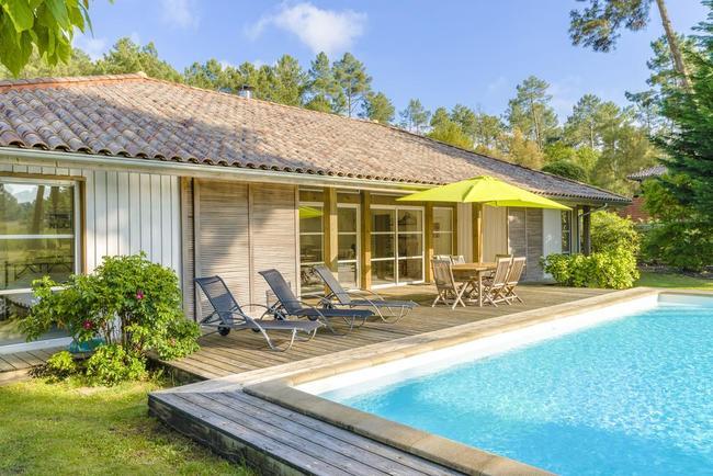 5 bungalows y camping en las landas recomendados con 10 for Camping en las landas con piscina cubierta